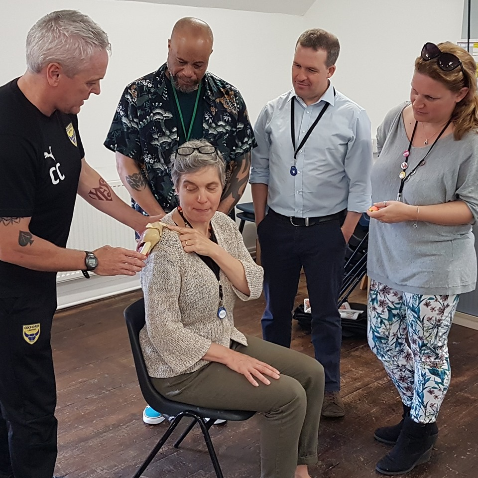 Office posture workshop delivered to crisis homeless charity in Oxford by Chris Chesterman